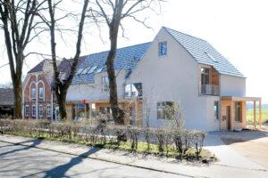 Wohnhaus und Apotheke in Schleswig-Holstein