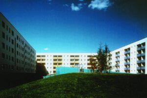 Sanierung und Dachaufstockung am Schweriner Ring, Berlin-Hohenschönhausen